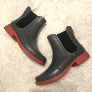 UGG Australia Aviana Chelsea Rain Boots Charcoal 9